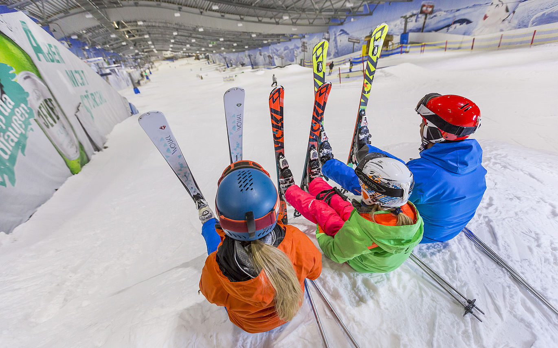Bilder Skihalle Neuss Halloween.Skihalle Alpenpark Neuss